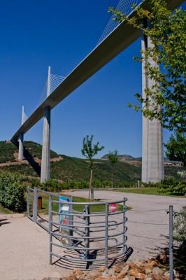 18-millau-viaduct-museum