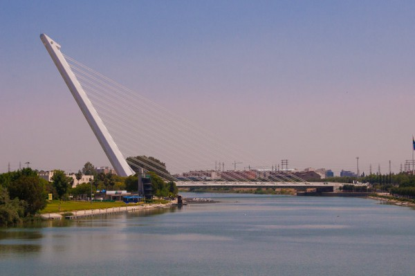Valencia, Bridge