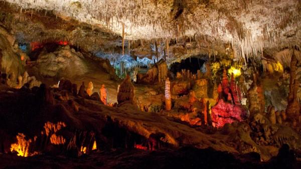 Майорка, Пещеры