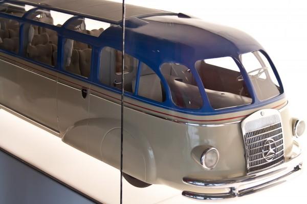Музей Mercedes. Штуттгарт. Автобусы с купе для водителя