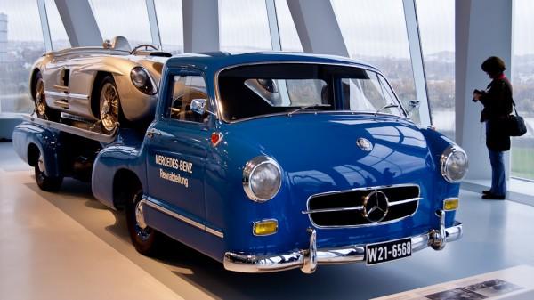 Музей Mercedes. Штуттгарт. Олигархомобиль